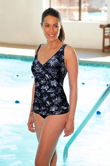 Chlorine Resistant TYR Boca V-Neck Sheath One Piece Swimsuit
